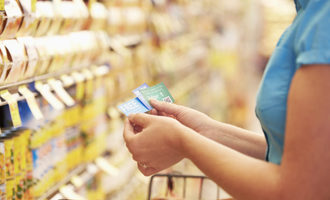 Groceryshoppingwithcoupons lead