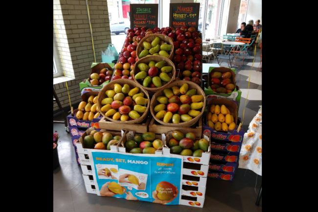 mango display